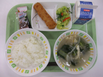 s3月15日の給食.jpg